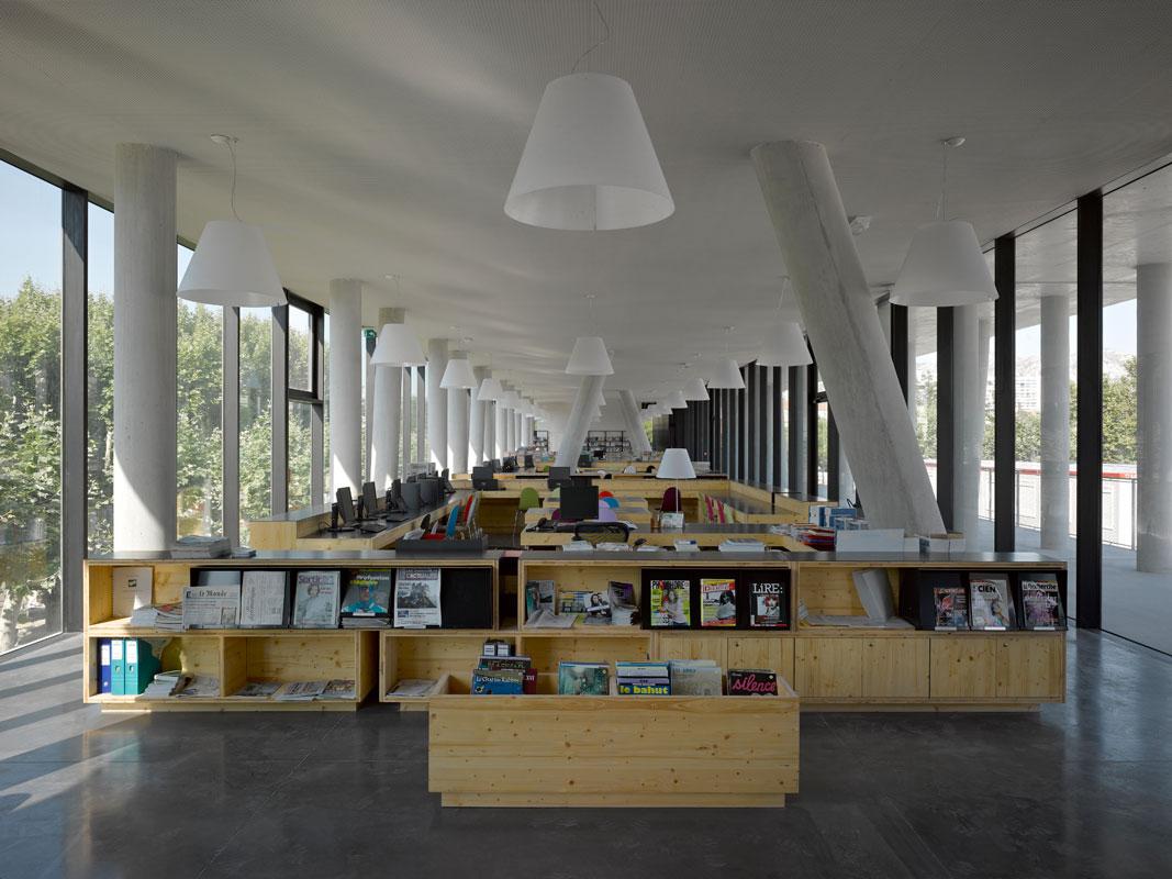 Architectes : Jean-Marc CHANCEL et Raphaëlle SEGOND. Citée Mixte Daumier, Marseille.