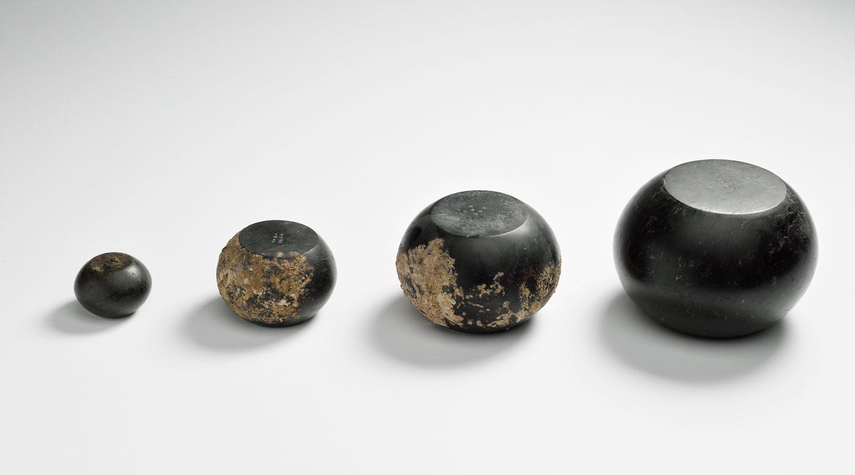 Poids en serpentine, découverts sur l'épave de Planier 3, Ier s. av J-C Musée des Docks Romains de Marseille