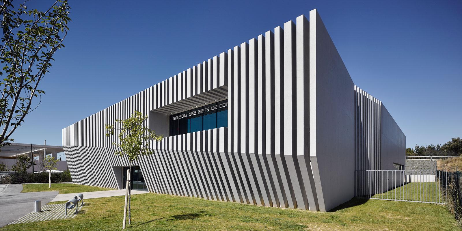 Architecte Christophe Gulizzi Maison des arts de combat, Val de l'Arc, Aix-en-provence.